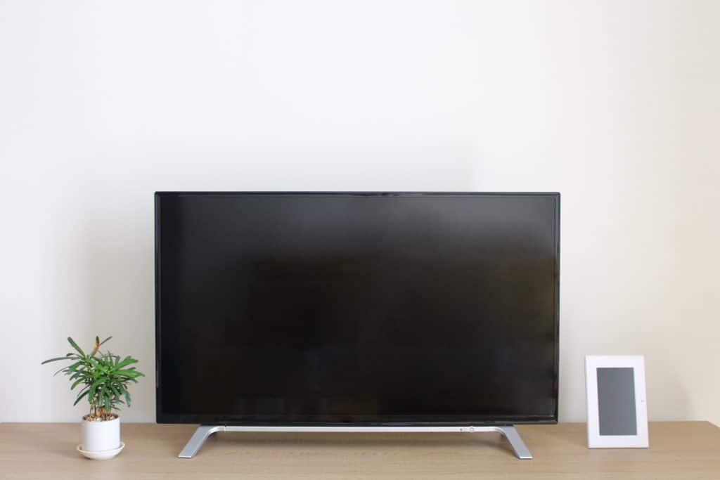 テレビがオンとオフを繰り返し出した話